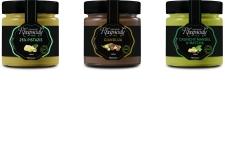 Chocolate Rhapsody - Brinkers a fait une extension de sa haute gamme Chocolate Rhapsody. Les saveurs innovantes: Gianduja - 40% de noisettes du Piémont, Pistache - une délicate combinaison de 25% de pistaches et chocolat blanc, Amande aux éclats & Matcha - un mélange unique d'amandes, de thé matcha au chocolat blanc.