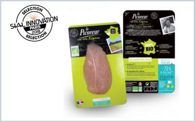 Le Picoreur a mis au point de nouveaux emballages utilisant 70 % de plastique en moins que les précédents pour  emballer ses découpes de volailles.